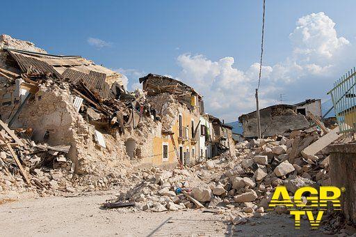 Terremoti in Italia, assicurazione obbligatoria tramite utenze