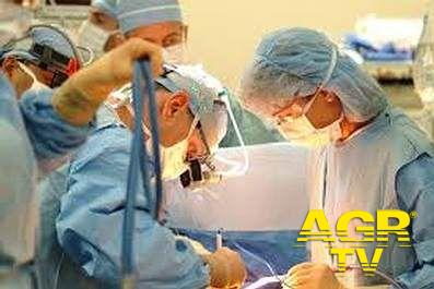 Straordinario ed innovativo intervento chirurgia vascolare a Chieti per riparare l'aorta toracica