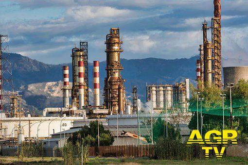 Bollette luce e gas ed aumenti in arrivo, Federpetroli: senza una strategia energetica ogni azione politica è inutile